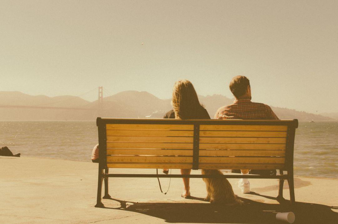 恋人がいても関係が冷え切っていて別れたいと思っているから