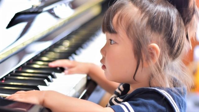 子供,ピアノ