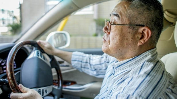 高齢ドライバー