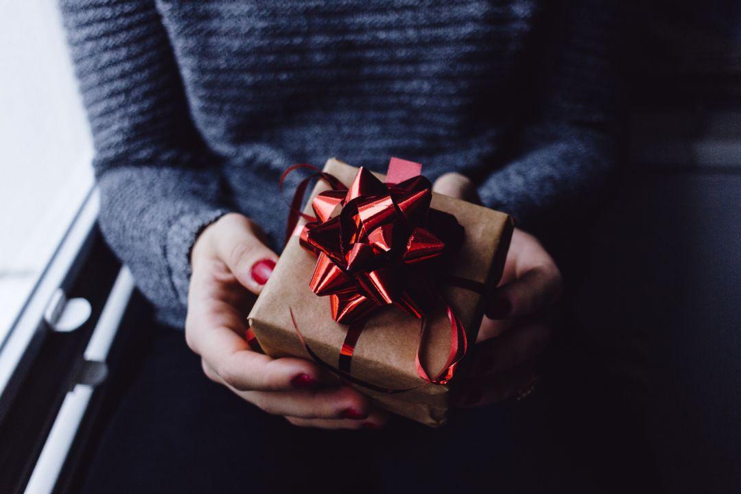 プレゼントのサプライズに感動!