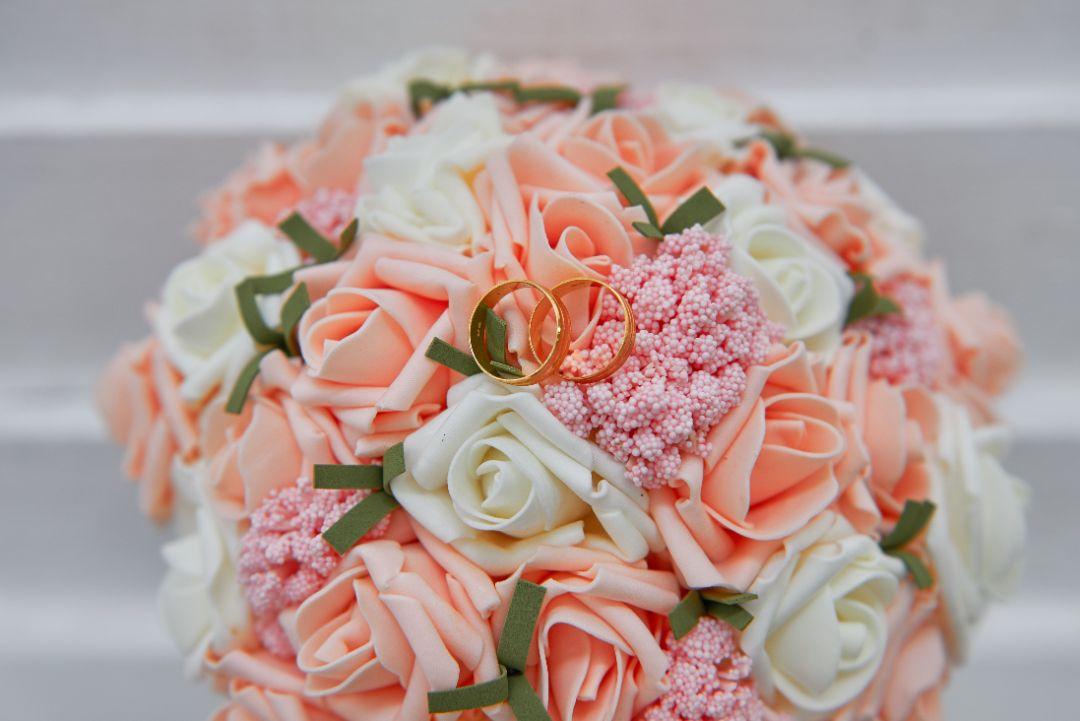 花束のサプライズに感動!