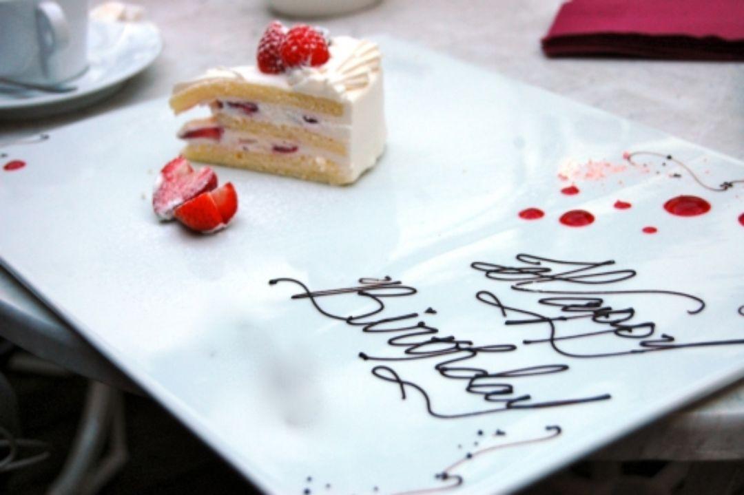 ケーキを用意してお祝いしてくれた