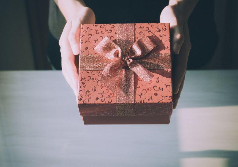 相手の好きな物を贈る
