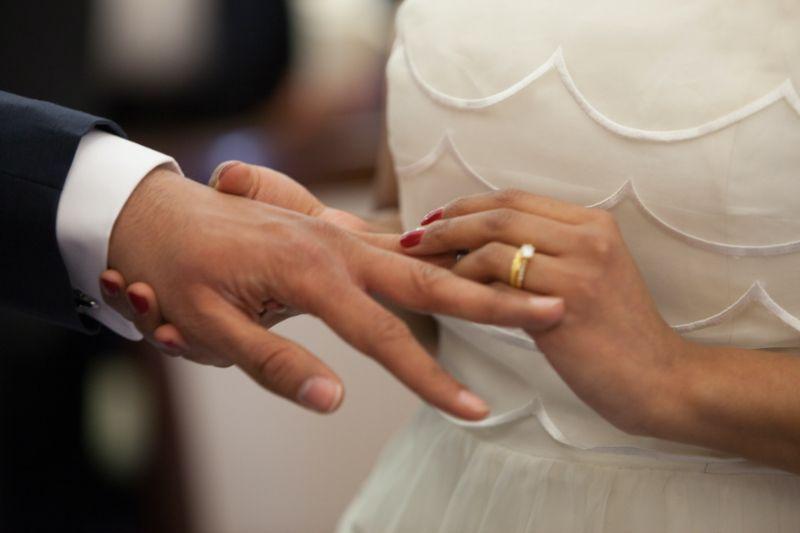 結婚を前提に