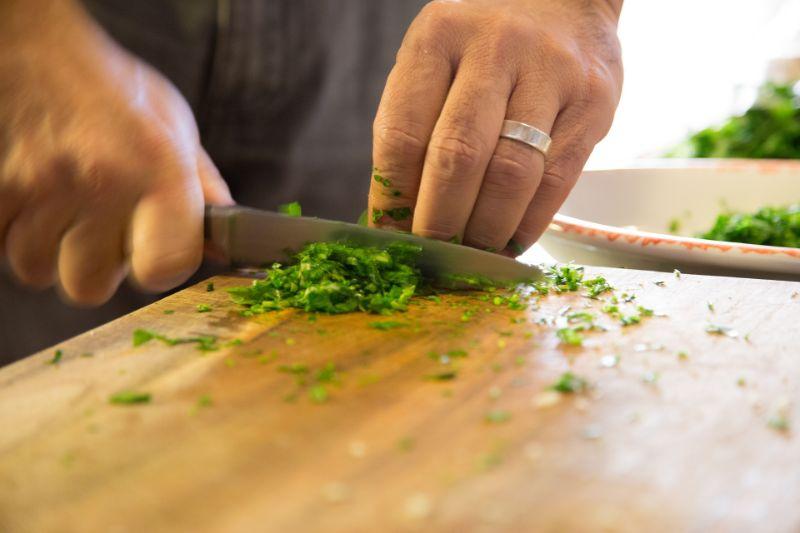 バランスの良い手料理を作る