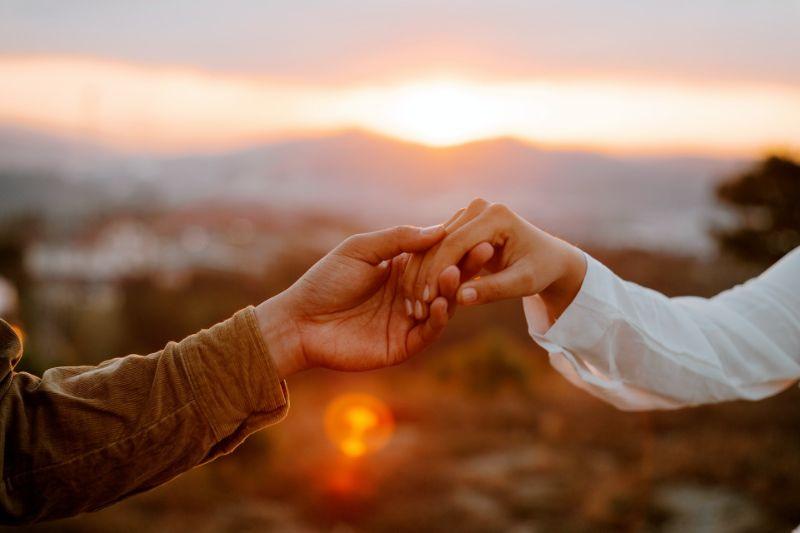 新しい恋をする・出会いを探す